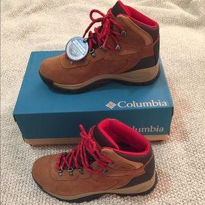 20ac72902e839 Brand New Columbia - Newton Ridge Hiking Boots NWT